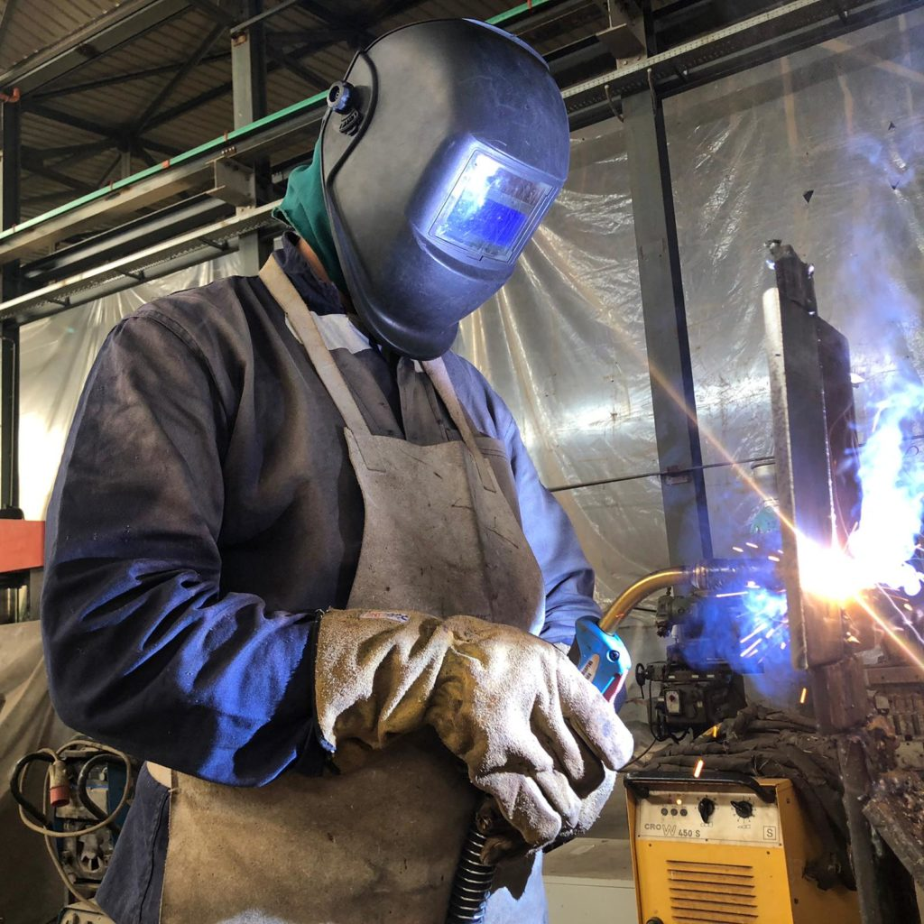 Continuous wire welding course